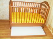 Продаем детскую кроватку почти НОВУЮ !!